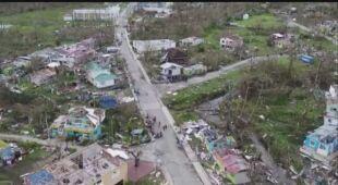 Widok z drona na zniszczone tereny kolumbijskiej wyspy Isla de Providencia